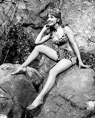"""Jacki Piper Carry On Films 10"""" x 8"""" Photograph no 7"""