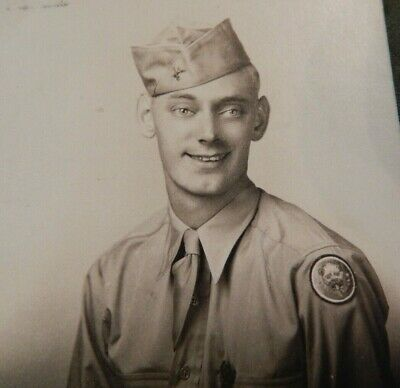 WWII / WW2 U.S. Army Soldier's Photograph, 106th Infantry Division Uniform