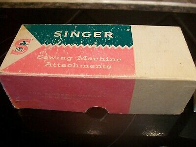 Vintage Singer Sewing Machine Box with Spare attachments 102469 161420 161166