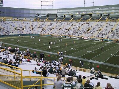 2 TICKETS CHICAGO BEARS @ GREEN BAY PACKERS 11/29 *Sec 128 Row 3*