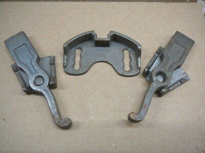 LOT of FIVE  NOS NEW OLD STOCK  CAST IRON GATE LATCH PARTS - EX