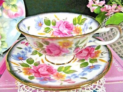 ROYAL CASTLE tea cup and saucer pink rose England teacup Queens pattern