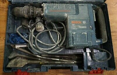 (RI4) Bosch 14 Amp 1-9/16in. Corded Variable Speed SDS-Max Concrete Demo Hammer