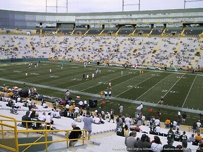 2 TICKETS CHICAGO BEARS @ GREEN BAY PACKERS 11/29 *Sec 126 Row 39*