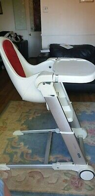 Used Inglesina Baby foldable highchair with table + bouncer