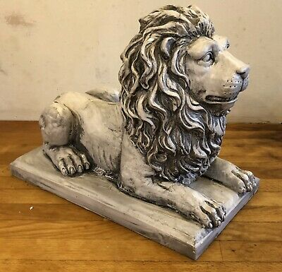 Latex mould for making this lovely Large Lion On Plinth