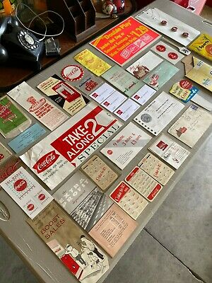 B8) Vintage Coca Cola Lot Collection Salesmans Sample Vending Machine Paris Tn