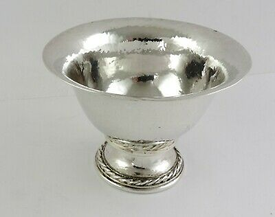 Superb quality SILVER BOWL, London 1933 by OMAR RAMSDEN Arts & Crafts HAND MADE