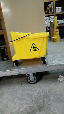 35 Quart Commercial Mop Bucket WITHOUT Side Press Wringer, Yellow