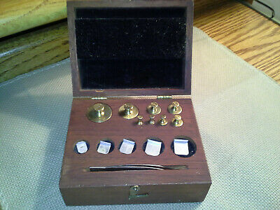 Early 1900's H. Troemner Apothecary Balance Scale Weights Brass, MAHOGANY BOX