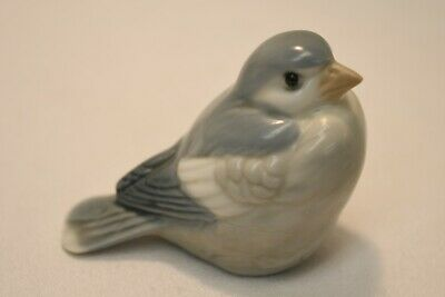Grey & White Bird Figurine Home & Office Decor Collectible Gift-ware Knick Knack
