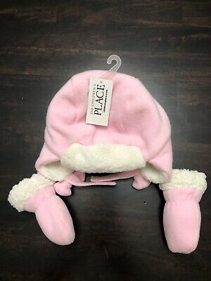 The Childrens Place 0-6mo hat and mittens