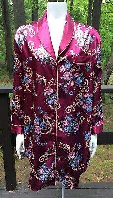 Kathryn Size Small Cranberry Floral Print Knee Length Satin Robe NWT