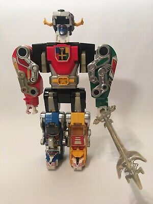 Voltron Plastic Toy 1984 World Events Productions Not Complete, Red Lion Damaged