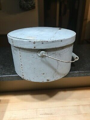 Antique Primitive Bail Handle Pantry Box