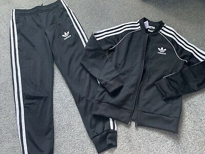 Boys Girls Adidas Black Tracksuit Age 8-9 Years Joggers/jacket