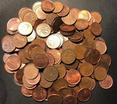 Old Canada Coin Lot - 100 One Cent Pennies - Mixed Dates - Lot #M24