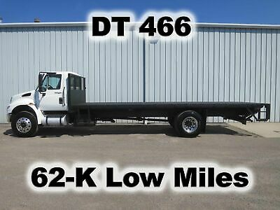 4400 Dt466 Diesel 24Ft Flat Bed Body Lift Gate Delivery Haul Truck 62K Low Miles