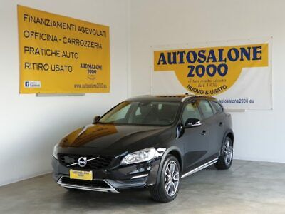 VOLVO V60 Cross Country D4 AWD Geartronic Momentum