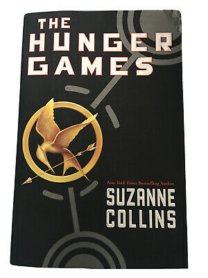 Hunger Games Series: The Hunger Games by Suzanne Collins Paperback