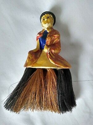 Welsh lady table brush, for using on table for crumbs?