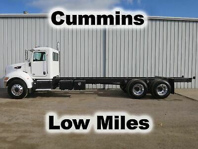 Pete 348 Cummins Diesel Tandem Axle Straight Frame Cab Chassis Heavy Duty Truck