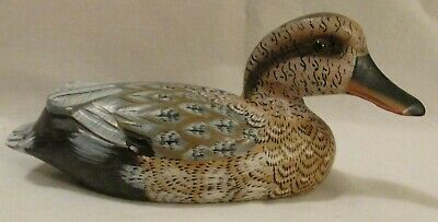 """Hand Painted Wooden Duck Decoy Female 6.25"""" Glass Eyes Beautiful Details Vintage"""