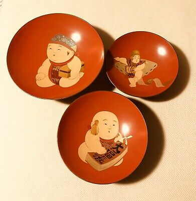Antique Japanese Lacquer Sake Cups Set Of 3 Design Of Boy Gosho Dolls 19 Century