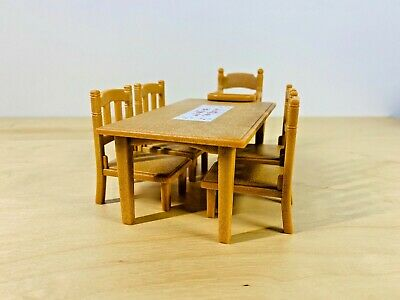 Sylvanian Families Classic Dining Table Set Baby Chair Excellent Condition