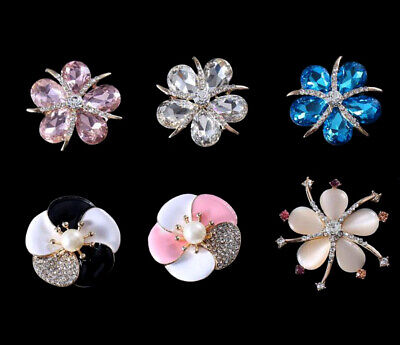 2 Pieces Assorted Rhinestones Crystal Flowers Buttons for Crafts Embellishments