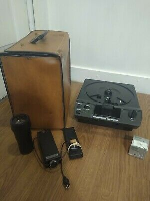 KODAK CAROUSEL 4600 35mm SLIDE PROJECTOR 102mm Lens With Spare Lamp and Remotes