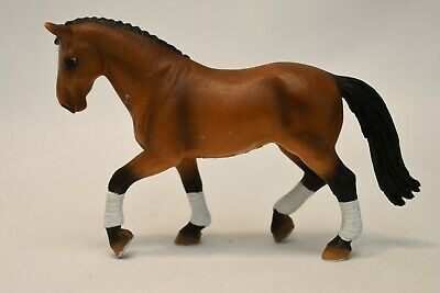 Schleich Light Bay Shire Warmblood Show Horse Figurine 2004 Collect Germany