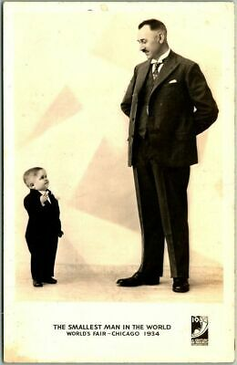 """1934 CHICAGO WORLD'S FAIR Expo Postcard Midget """"The Smallest Man in the World"""""""