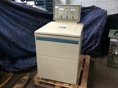 Beckman J2-Hs Centrifuge With Rotors