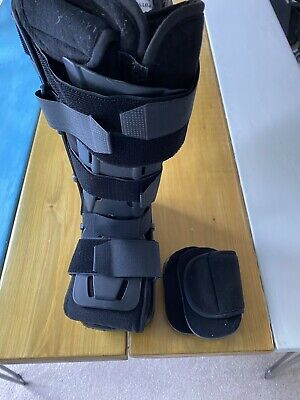 Physio Rebound Airwalker Size S fracture recovery Boot Physioroom Aircast