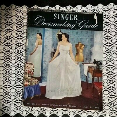 vtg WW2 1940s Singer sewing Machine Dressmaking Guide dresses fabric booklet '47