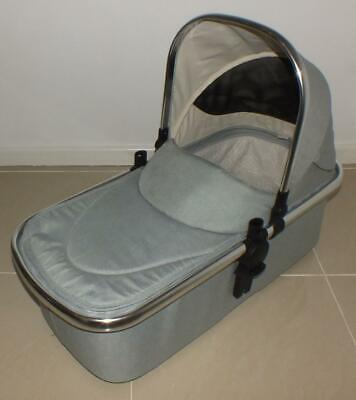 Mothercare Journey & Journey Edit carrycot with hood & apron - Silver grey