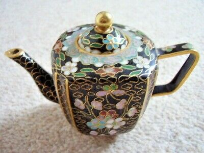 CHINESE 20TH CENTURY CLOISONNE miniature TEAPOT DECORATED WITH FLOWERS