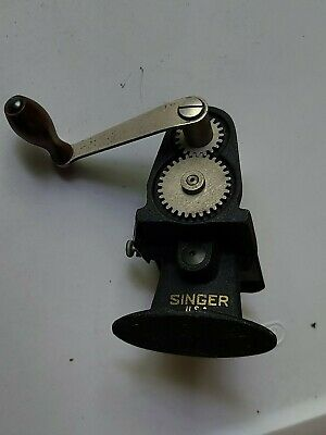 Vintage Singer Hand Crank Pinker  Pinking Machine Cutter Sewing Crafting