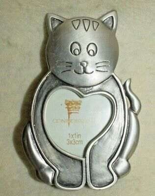 Vintage Pewter Stand Up Picture Frame Kitty Cat round 3 Diam photo slot