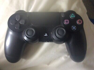 SONY PlayStation 4 Dualshock Wireless Controller -black good condition