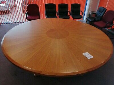 Large Round Modern Circular Shape Conference, Boardroom, Meeting Table