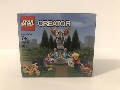 Lego Creator 40221 Fountain New in factory sealed box