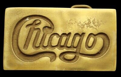 MI04176 GREAT VINTAGE 1970s ***CHICAGO*** (BAND) SOLID BRASS MUSIC BUCKLE