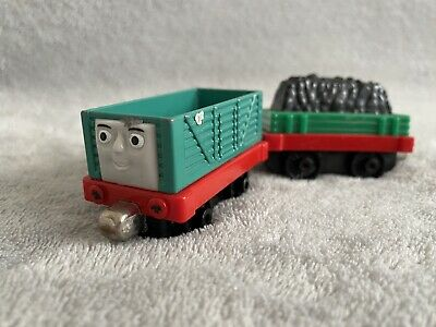 Take Along n play Thomas Tank Engine POST DISCs! GIGGLING TROUBLESOME TRUCK