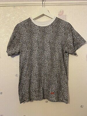 New Supreme x Hanes Leopard Print Shirt 2 Pack Opened