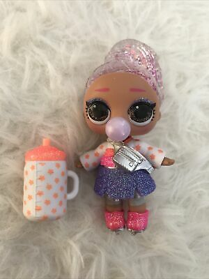 Bagged New-Opened-No Ball Surprise Winter Disco Figure 8 L.O.L