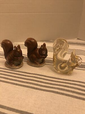 Vintage Set Of Brown Squirrels Including A Yellowish Art Glass Squirrel