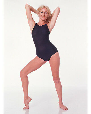 Suzanne Somers Sexy Full Length Leggy Color 8X10 Photo