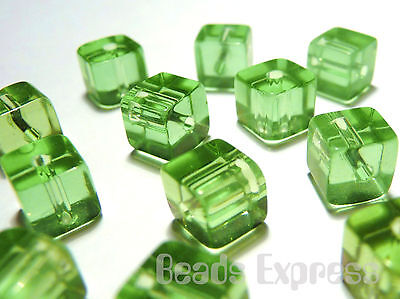 100pc 4mm Mini Crystal Glass Cube Beads - Light Green (BC4010)